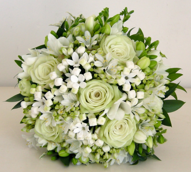 white greenish roses with small white flowers.PNG Hi-Res 720p HD