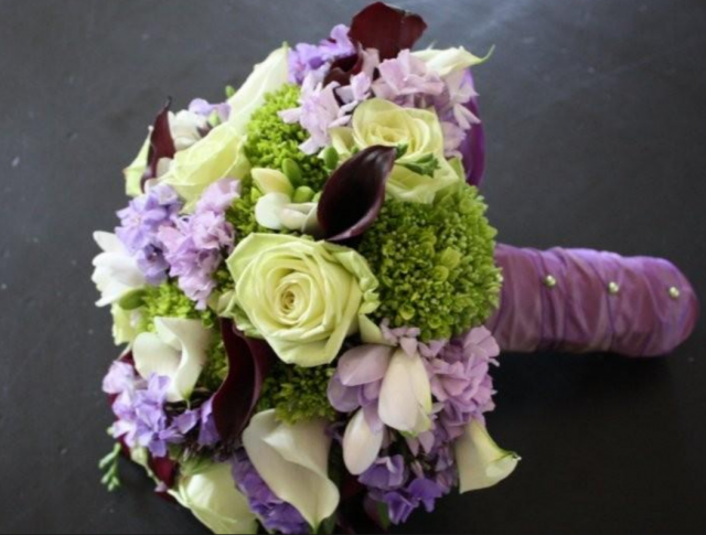Beautiful Purple And Green Wedding Flowers Pictures - Styles ...