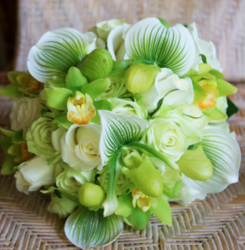 Green wedding bouquet pictures.PNG