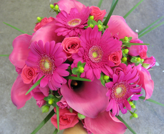 Green and hot pink wedding bouquet pictures.PNG Hi-Res 720p HD