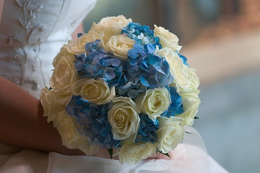 blue wedding bouquet photo.jpg