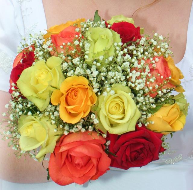 birght summer wedding bouquet picture.jpg