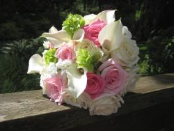 bride bouquet photo with roses and lilies flowers.jpg