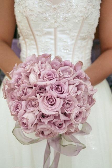 light purple roses wedding bouquet.jpg (1 comment) Hi-Res ...