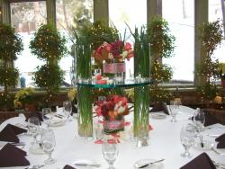 Beautiful and Dramatic Table Center Piece picture.jpg