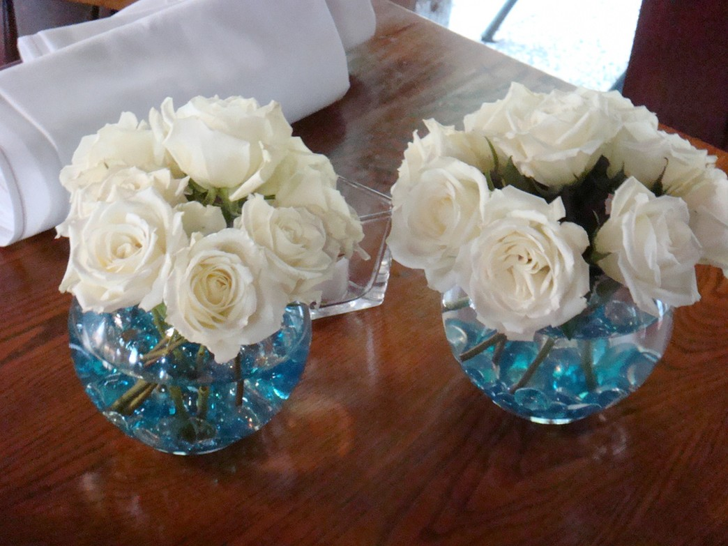 1000 images about tiffany blue on pinterest tiffany for Inexpensive wedding centrepieces