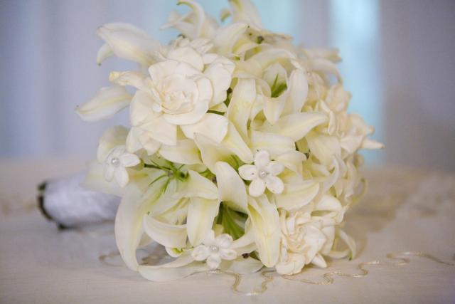Bouquet Wedding White Flowers Wedding Flowers 2013