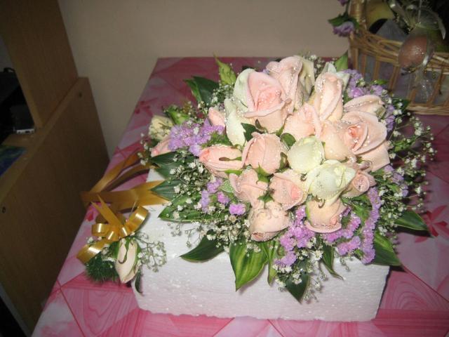 Small Purple Flowers In Bouquet - Flowers Healthy