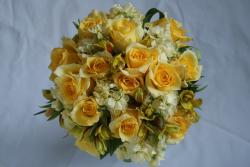 Summer wedding bouquet with yellow roses and cream flowers.jpg