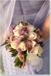 rose wedding bouquet picture.jpg