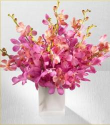 Pink Sapphire Orchids flowers wedding center piece photo.JPG