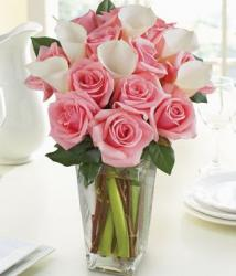 Pink Rose and Calla Lily in square glass vase picture.JPG